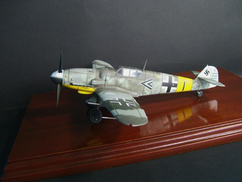 Messerschmitt Bf 109 G-6/R6 Hasegawa 1/48 Anton Hackl. Me109G6%202_1
