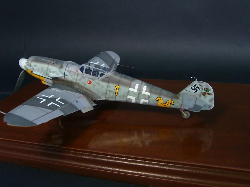 Messerschmitt Bf 109 G-6 (Hasegawa 1/48). Me109G6%203