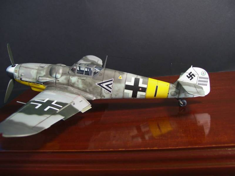 Messerschmitt Bf 109 G-6/R6 Hasegawa 1/48 Anton Hackl. Me109G6%204_1