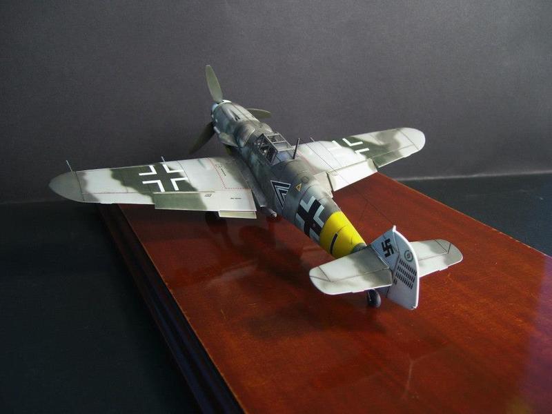 Messerschmitt Bf 109 G-6/R6 Hasegawa 1/48 Anton Hackl. Me109G6%207_1
