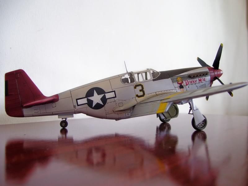 North American P-51 B 332 Tuskeege Tamiya 1/48 Mustang1-2
