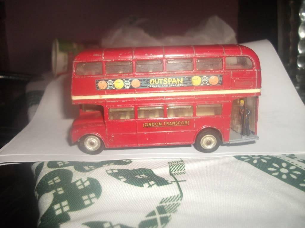 routemaster corgi DSCF5624