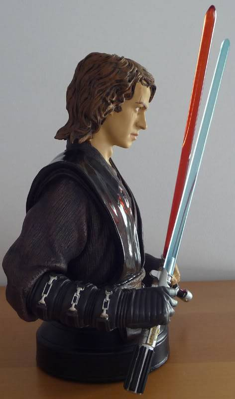 anakin episode 3 bust exclusif - Page 5 Photo002