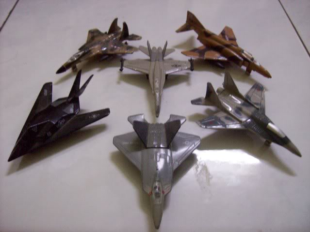 1:72 Scale Aircraft Model (Kits and Diecast) - Page 3 ALL