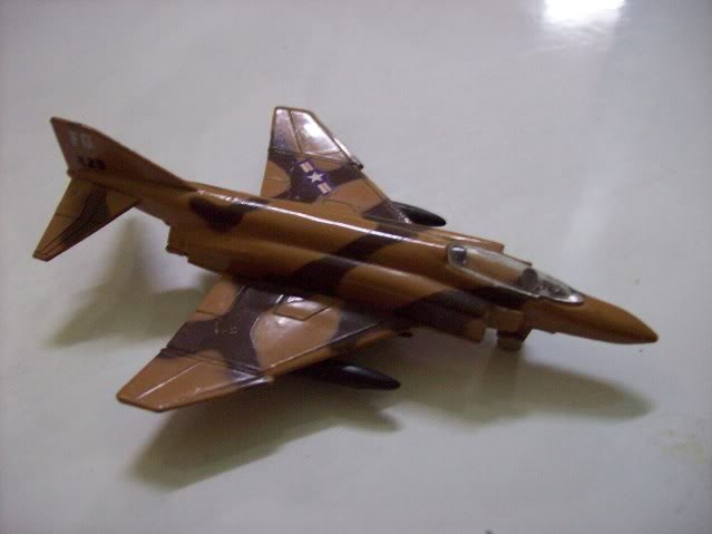 1:72 Scale Aircraft Model (Kits and Diecast) - Page 3 F-4