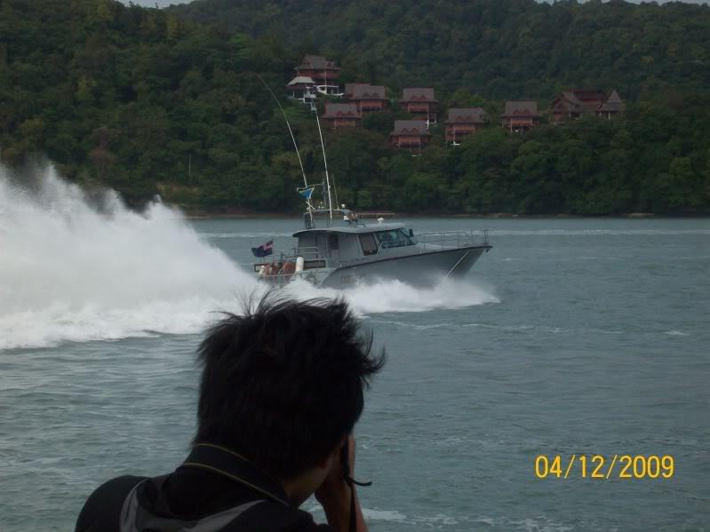 Laporan Pameran Udara dan Maritim Antarabangsa Langkawi 2009 100_0663
