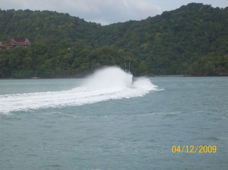 Laporan Pameran Udara dan Maritim Antarabangsa Langkawi 2009 100_0664