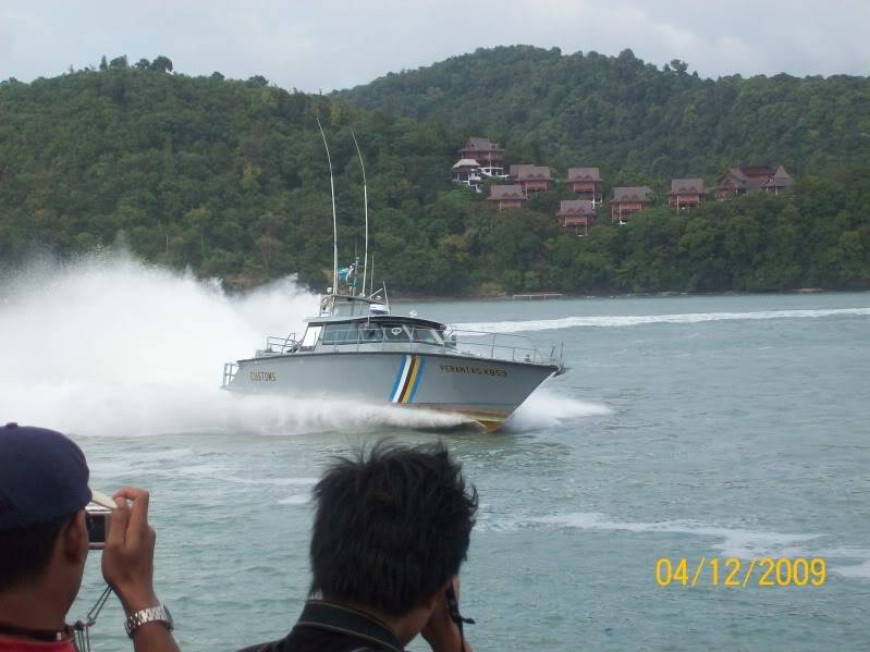 Laporan Pameran Udara dan Maritim Antarabangsa Langkawi 2009 100_0668