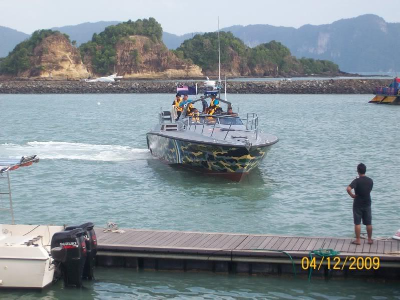 Laporan Pameran Udara dan Maritim Antarabangsa Langkawi 2009 100_0693