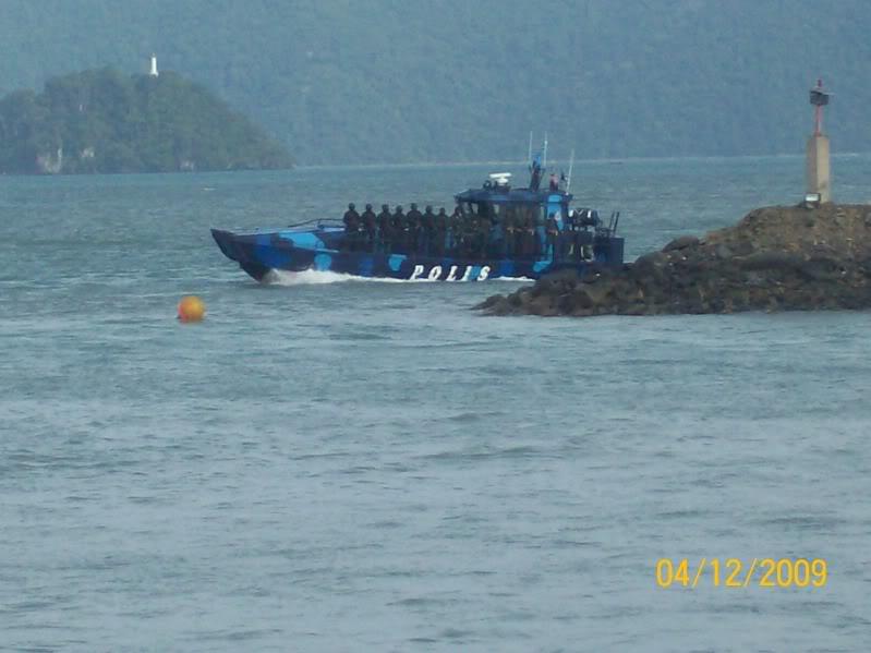 Laporan Pameran Udara dan Maritim Antarabangsa Langkawi 2009 100_0702
