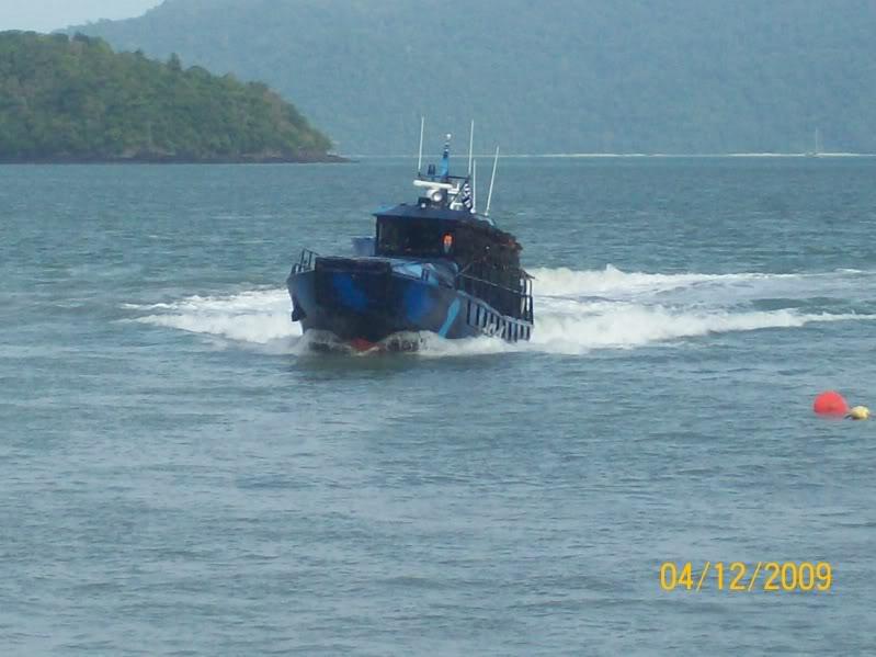 Laporan Pameran Udara dan Maritim Antarabangsa Langkawi 2009 100_0704