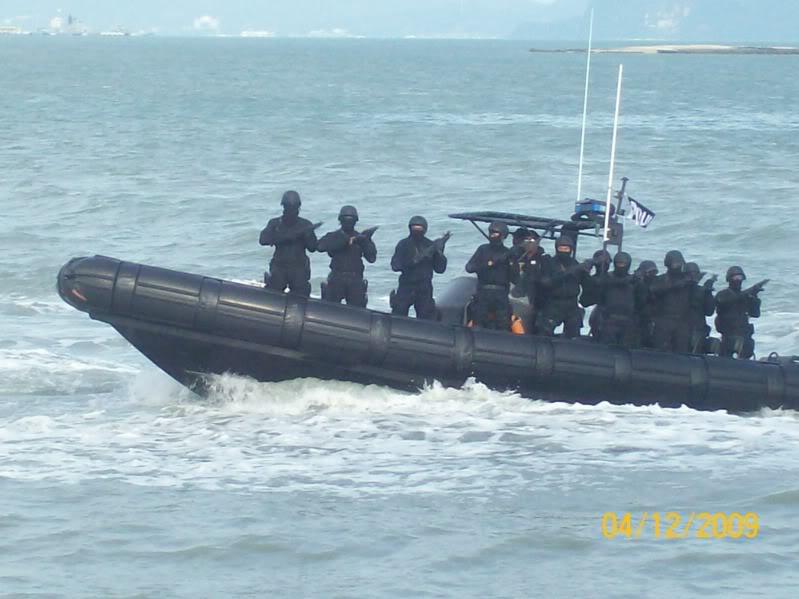 Laporan Pameran Udara dan Maritim Antarabangsa Langkawi 2009 100_0710