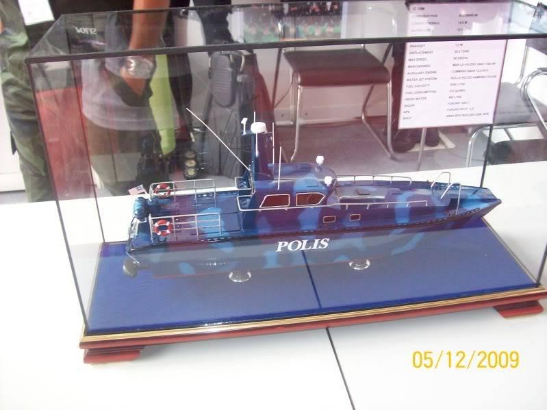 Laporan Pameran Udara dan Maritim Antarabangsa Langkawi 2009 100_0748