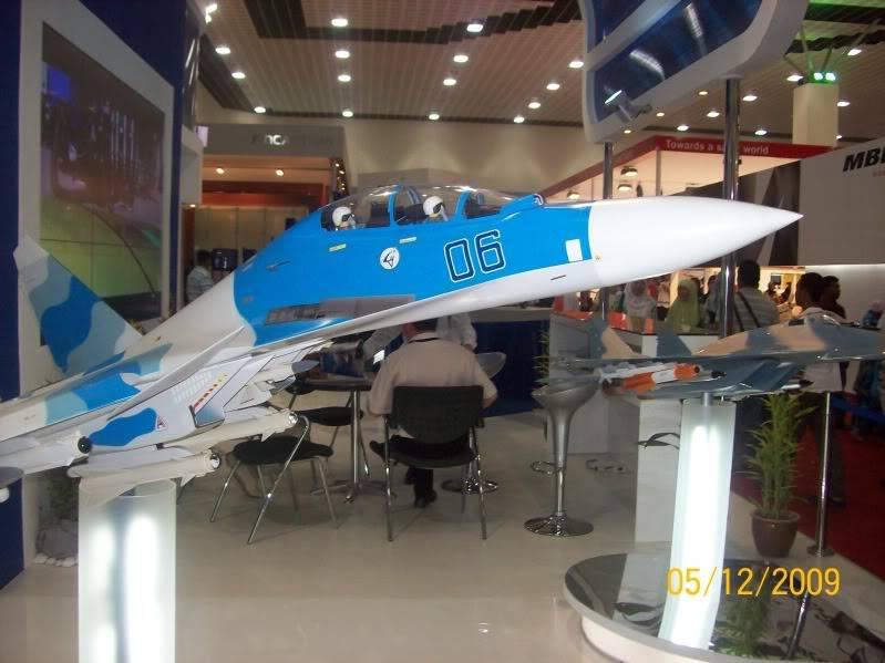 Laporan Pameran Udara dan Maritim Antarabangsa Langkawi 2009 100_0795