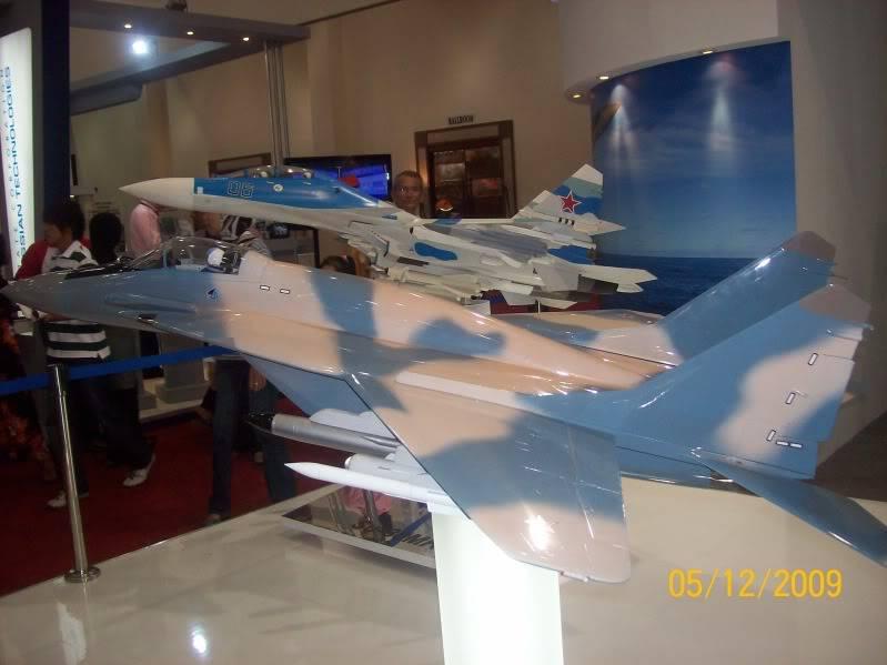 Laporan Pameran Udara dan Maritim Antarabangsa Langkawi 2009 - Page 2 100_0801