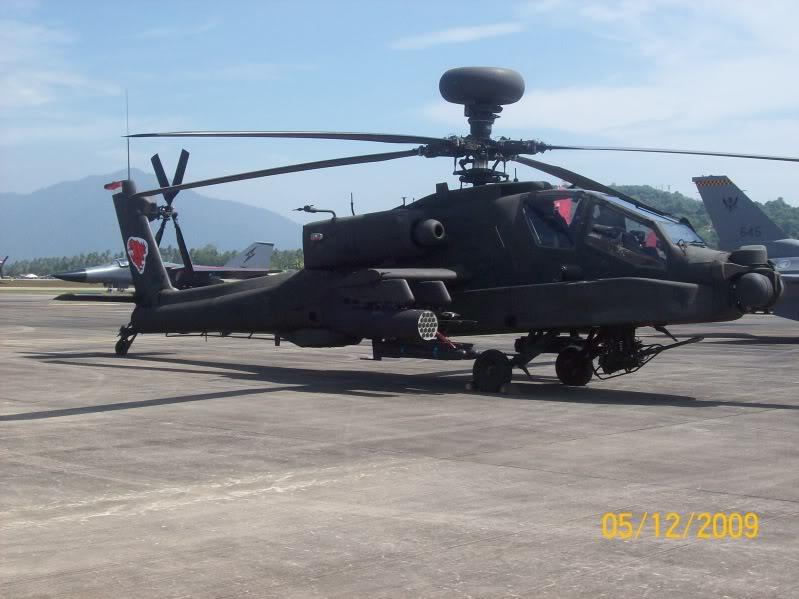 Laporan Pameran Udara dan Maritim Antarabangsa Langkawi 2009 - Page 2 100_0875