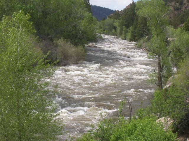 Colorado --Arkansas River Flooding 018_zpscf068279