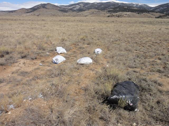 Colorado -- Metal Detecting Cache Creek -- 24 Mar 2016 DSC08305_zps5scqophg