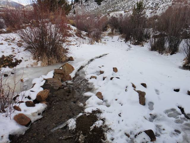 Colorado -- Cache Creek, Sluicing in Winter -- 1 Dec 2016 DSC09185_zps5xjqbu6z
