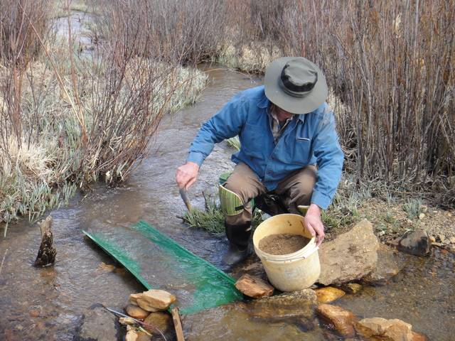 Colorado -- Sluicing Cache Creek with Mike -- 6 May 2016 DSC08510_zpsgrlfqdzc
