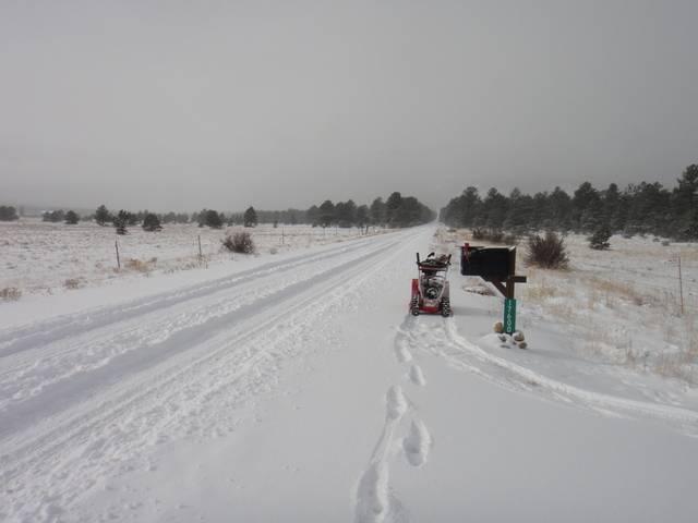 Colorado -- Snowed In.....  Cold Too!  17 Dec 2016 DSC09229_zpstx08r1gn