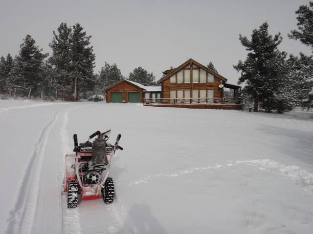 Colorado -- Snowed In.....  Cold Too!  17 Dec 2016 DSC09232_zps3ge520rm