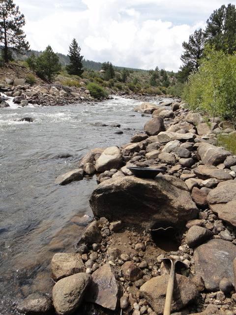 Colorado -- Randy Dredging the Arkansas River Trip Report -- Aug/Sep 2016 DSC08882_zps1oclpkgn