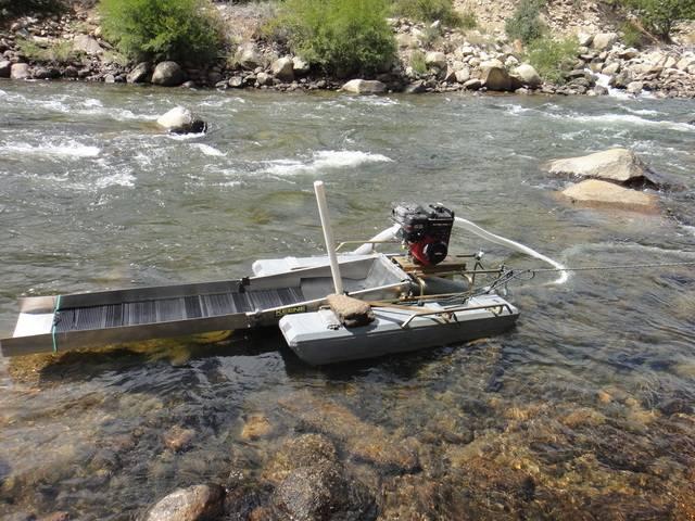 Colorado -- Randy Dredging the Arkansas River Trip Report -- Aug/Sep 2016 DSC08919_zpsenzb6djq