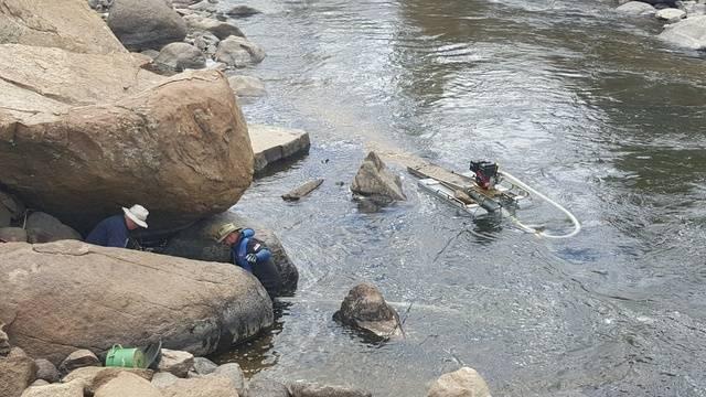 Colorado -- Dredging the Arkansas River -- 8, 9 & 10 April 2016 20160409_123508_resized_zpsqfjqytzm