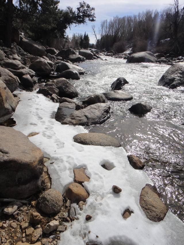 Colorado -- Panning the Arkansas River -- 16 Feb 2016 DSC08204_zps4v7o4lpm