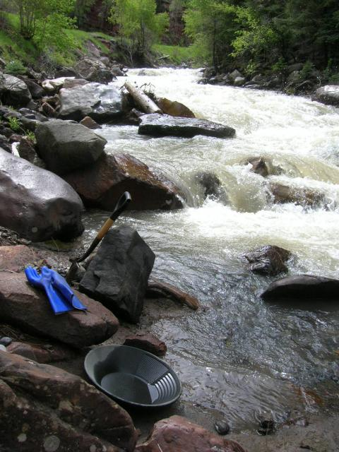 Colorado -- Gold Panning in Ouray 001_zps75cd3aae