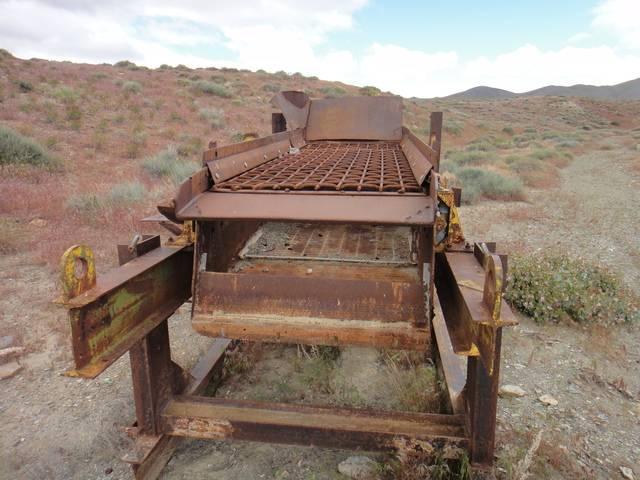Nevada -- Rye Patch Detecting -- May 2016 DSC08553_zpswdbxlvun