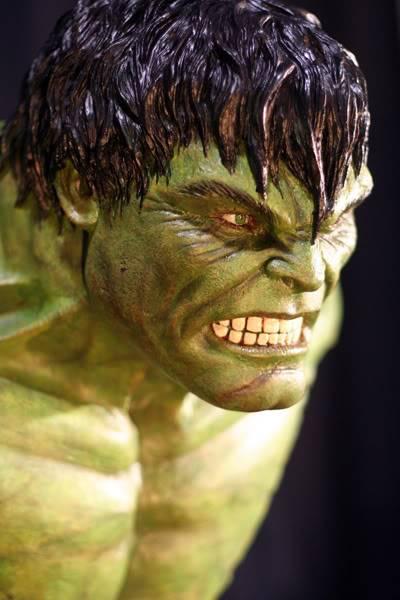 My Hulk Bust IMG_7059