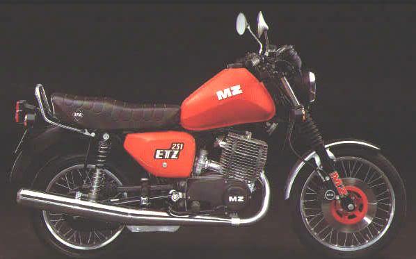 MZ ETZ - legendarni -emzejac- Etz251