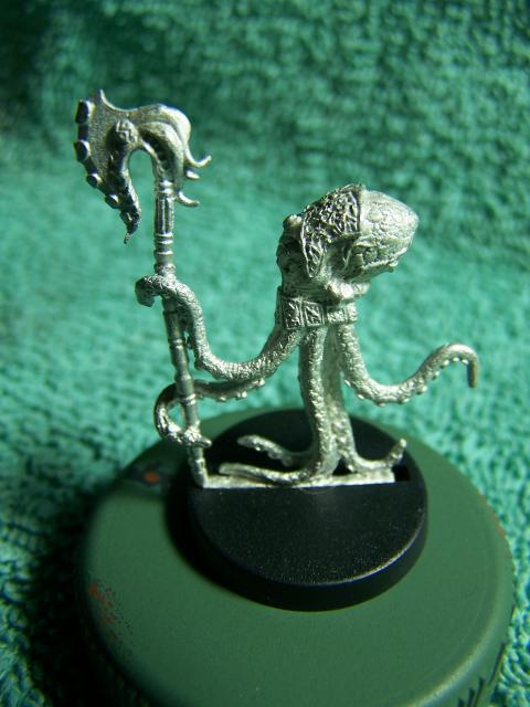 "31002 - Edofleini (Edo Faction) Guardling #1 (Spawnguard) – Bombshell Miniatures ""Counterblast"" 32mm Pewter (metal) figure EdoFactionGuardling1Left_zps9de03b8f"
