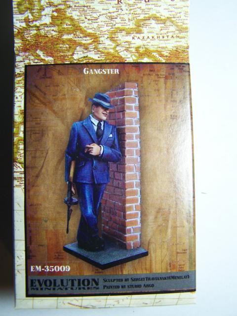 Evolution Miniatures 1/35th scale Gangster EM-35009 Gangsterbox_zpsa0b62730