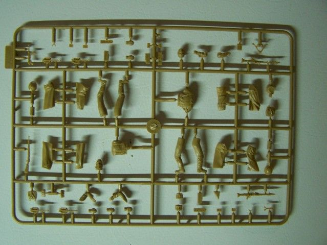 Cold Wind - German Infantry 1941-1942 in 1/35th Scale, Kit # MB35103 ColdWind-GermanInfantry1941-1942Sprue