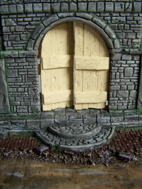 MoDio European Arch with Base Kit # BM-004  Basewithnewdoorfrontcloseupopen