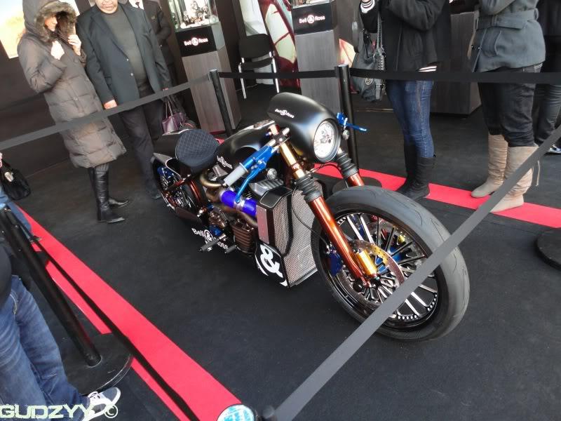 SHAW Harley-Davidson B&R Nascafe Racer........ DSC02740
