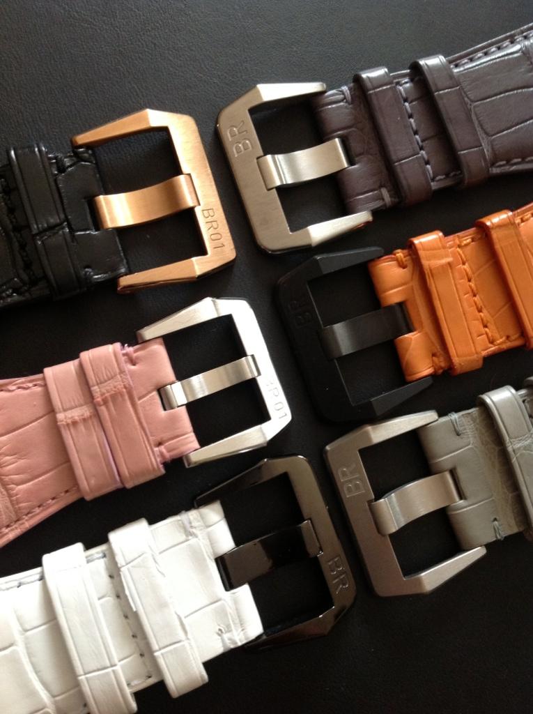 Feu de vos bracelets Bell&Ross - Tome IV 9925BCBA-EF51-40C3-8F1A-36817E6678B0-277-0000002B64519CDC
