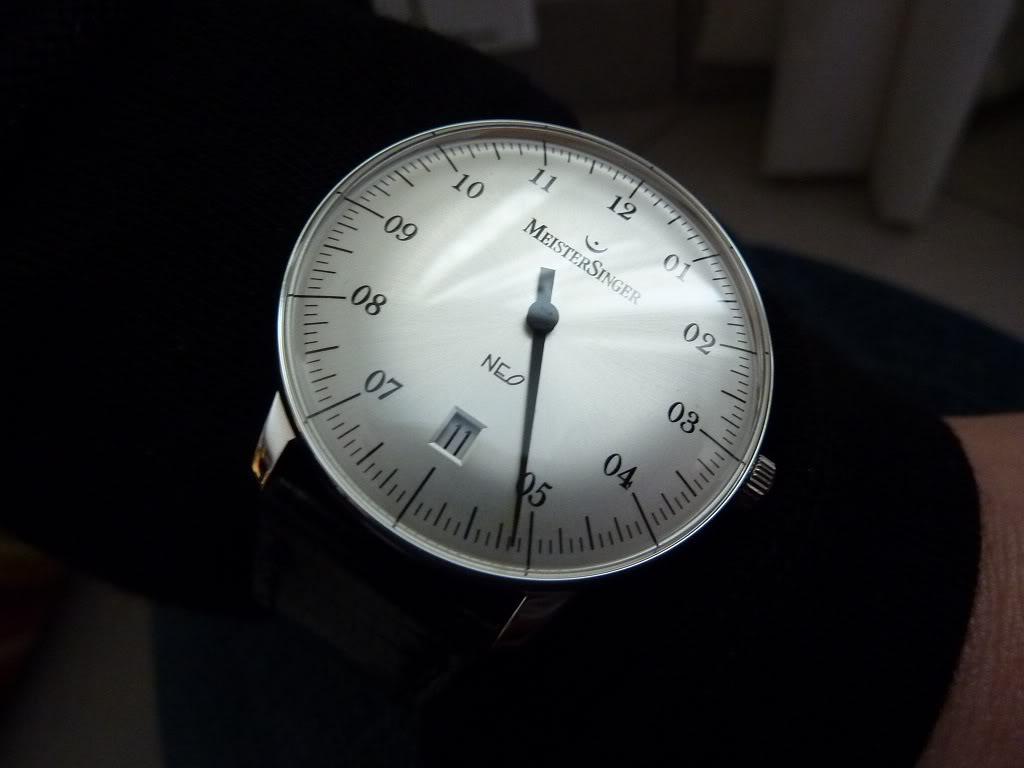 Comment votre moitié voit elle votre passion horlogére?. P1060141