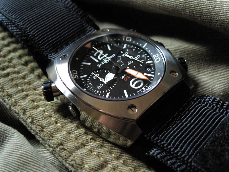 Nouveau venu... future montre... logique, non? - Page 2 Bellross_BR02-94_ss_02