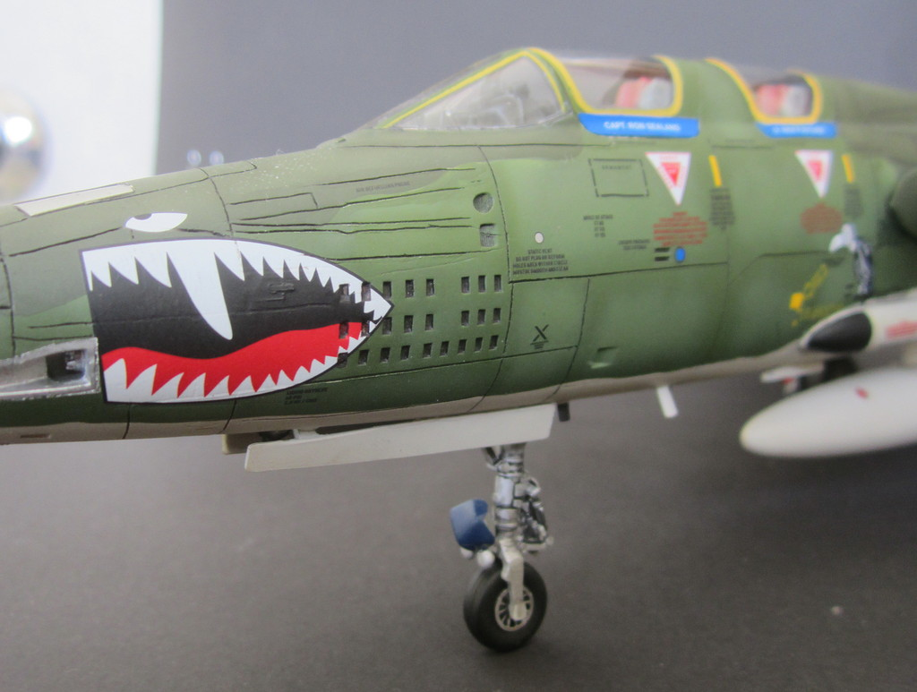 F-105G Thunderchief - Revell 1:48 - Page 2 IMG_3140c