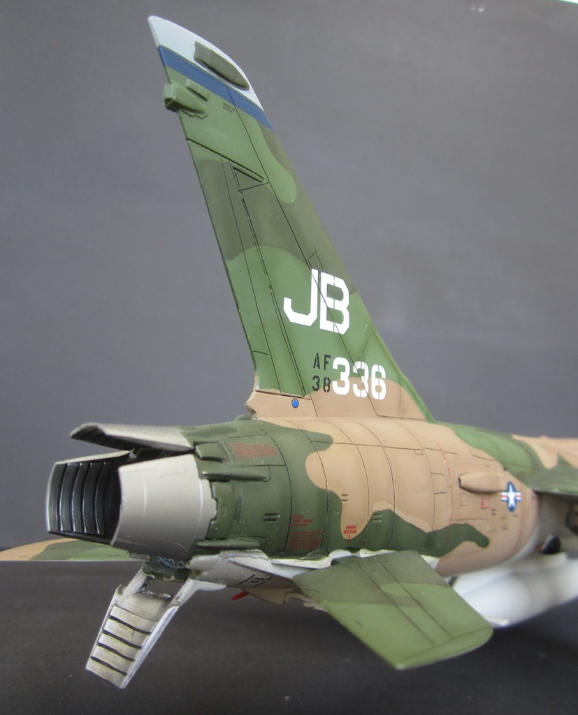 F-105G Thunderchief - Revell 1:48 - Page 2 IMG_3142c