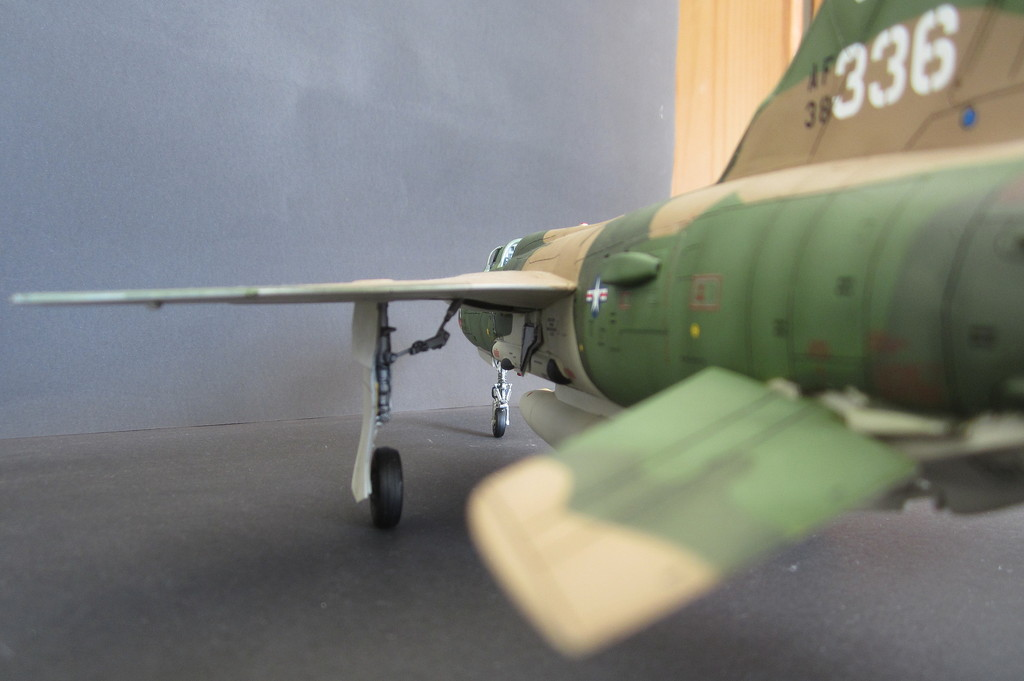 F-105G Thunderchief - Revell 1:48 - Page 2 IMG_3148c