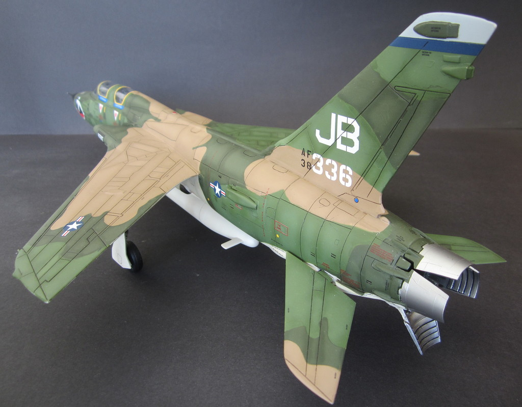 F-105G Thunderchief - Revell 1:48 - Page 2 IMG_3154c