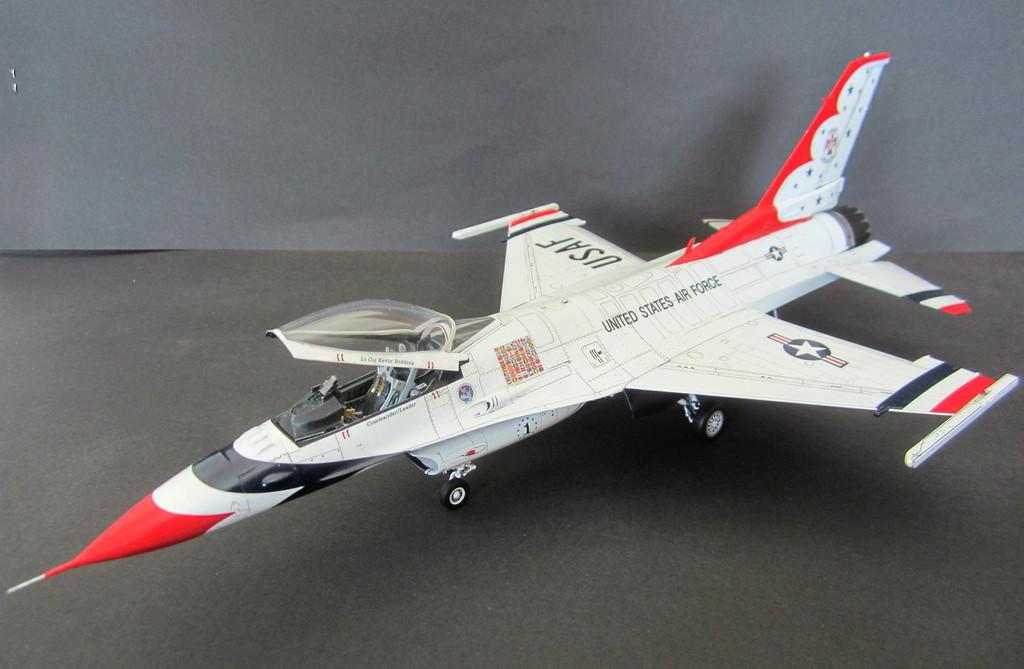 """""""Thunderbirds"""" F16C Block 52 IMG_3112c"""