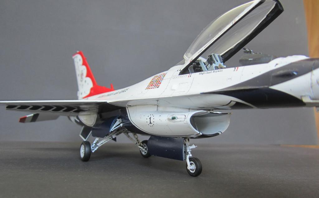 """""""Thunderbirds"""" F16C Block 52 IMG_3114c"""