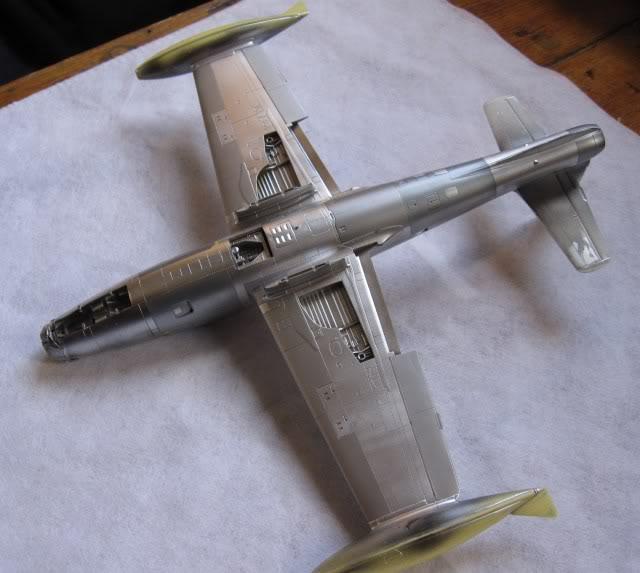 F84G ''Thunderbirds'', 1:48 Tamiya - Page 4 IMG_0149