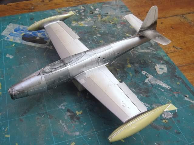 F84G ''Thunderbirds'', 1:48 Tamiya - Page 4 IMG_0159